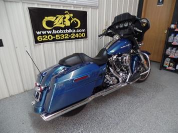 2014 Harley-Davidson Street Glide - Photo 12 - Kingman, KS 67068