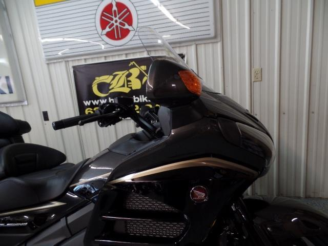 2016 Honda Gold Wing 1800 - Photo 10 - Kingman, KS 67068