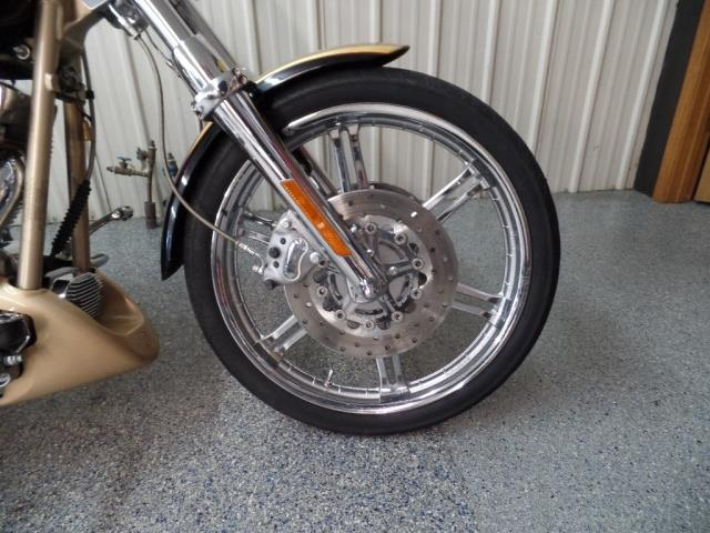 2003 Harley-Davidson Softail Duece Anniversary CVO - Photo 3 - Kingman, KS 67068