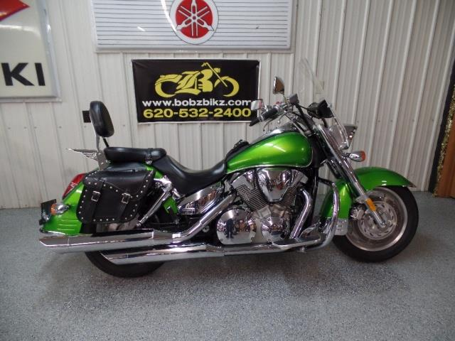 2007 Honda VTX 1300 R - Photo 1 - Kingman, KS 67068