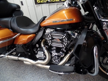 2015 Harley-Davidson Ultra Classic Limited Low - Photo 11 - Kingman, KS 67068