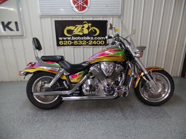2002 Honda VTX 1800 C - Photo 1 - Kingman, KS 67068