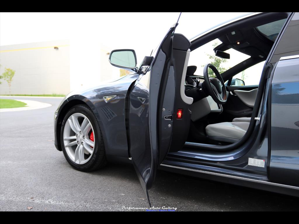 2016 Tesla Model S P90D - Photo 21 - Gaithersburg, MD 20879