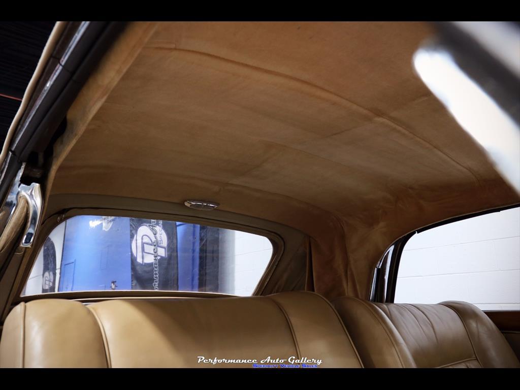 1957 Mercedes-Benz 220s Cabrio - Photo 55 - Gaithersburg, MD 20879