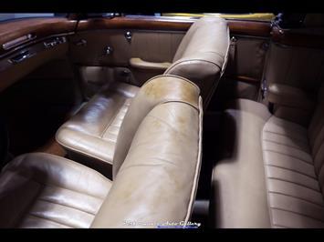 1957 Mercedes-Benz 220s Cabrio - Photo 52 - Gaithersburg, MD 20879