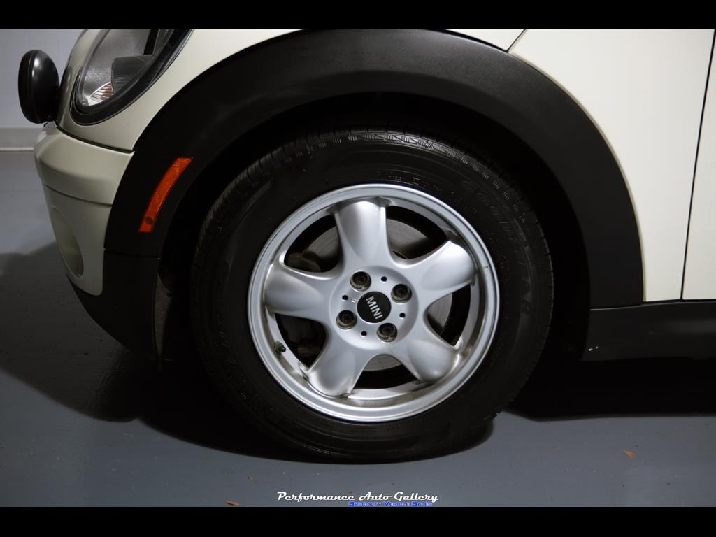 2009 Mini Cooper Clubman - Photo 33 - Gaithersburg, MD 20879