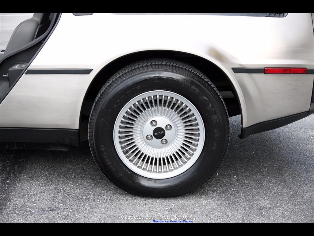 1983 DeLorean DMC-12 - Photo 10 - Gaithersburg, MD 20879