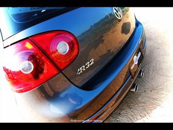 2008 Volkswagen R32 - Photo 11 - Gaithersburg, MD 20879