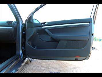 2008 Volkswagen R32 - Photo 22 - Gaithersburg, MD 20879