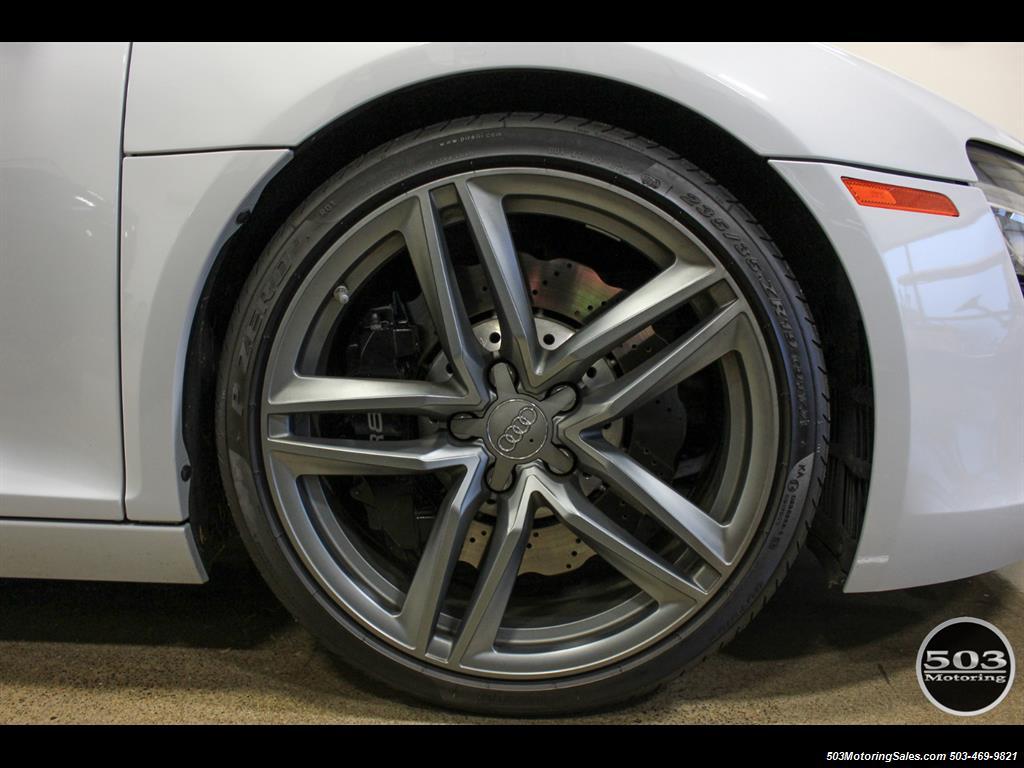 2014 Audi R8 4.2 quattro; Loaded Spec Manual in Suzuka Gray! - Photo 28 - Beaverton, OR 97005