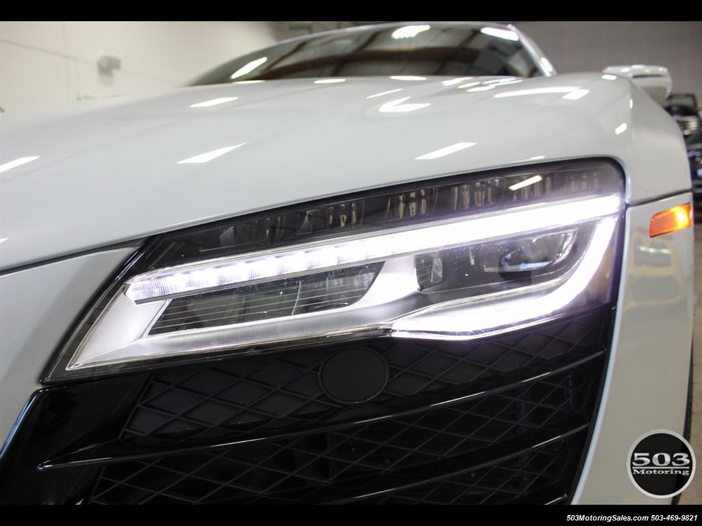 2014 Audi R8 4.2 quattro; Loaded Spec Manual in Suzuka Gray! - Photo 10 - Beaverton, OR 97005