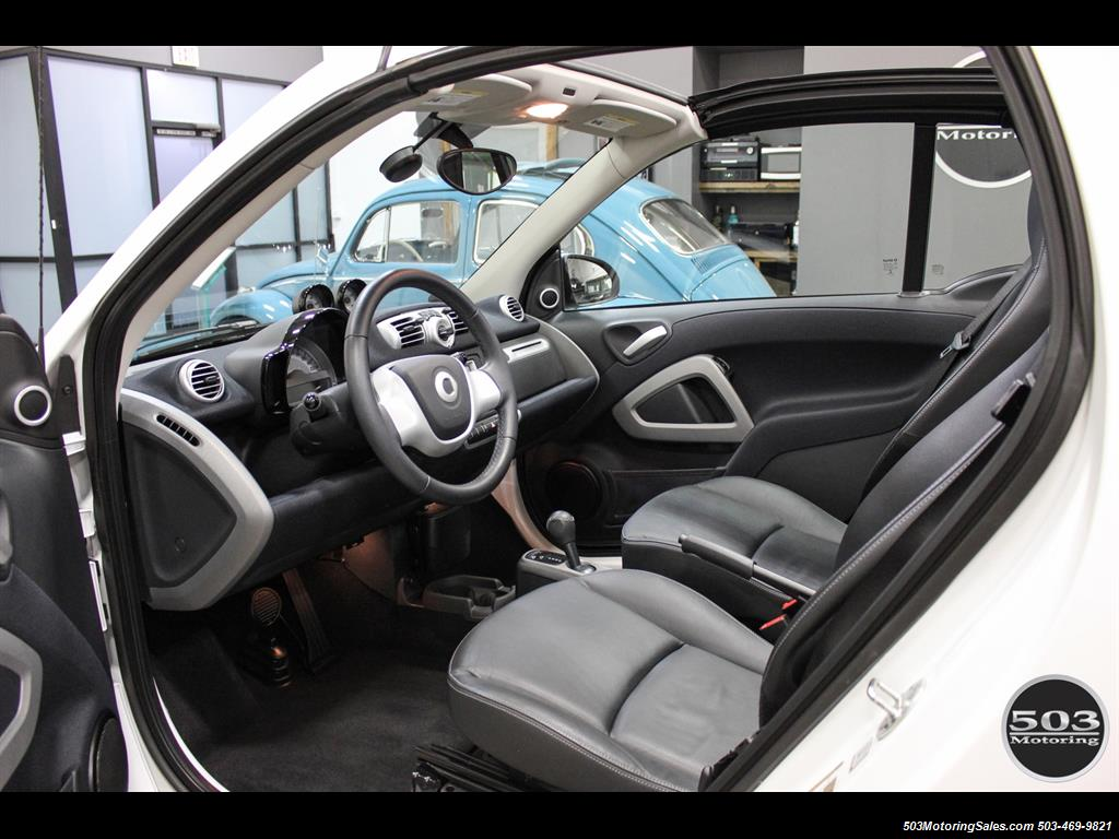 2014 Smart fortwo passion electric cabriolet; White/Black, Loaded! - Photo 27 - Beaverton, OR 97005