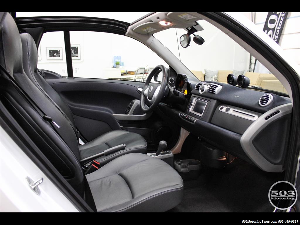 2014 Smart fortwo passion electric cabriolet; White/Black, Loaded! - Photo 37 - Beaverton, OR 97005