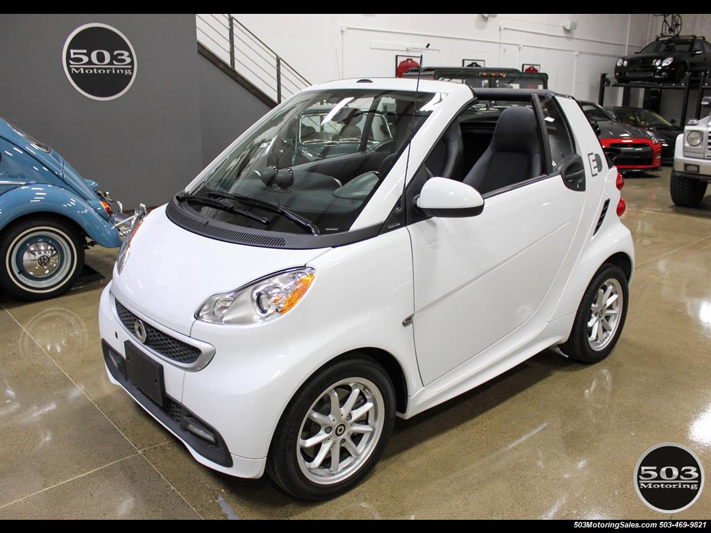 2014 Smart fortwo passion electric cabriolet; White/Black, Loaded! - Photo 9 - Beaverton, OR 97005