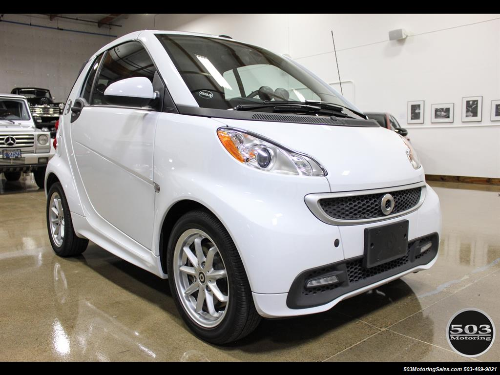 2014 Smart fortwo passion electric cabriolet; White/Black, Loaded! - Photo 7 - Beaverton, OR 97005