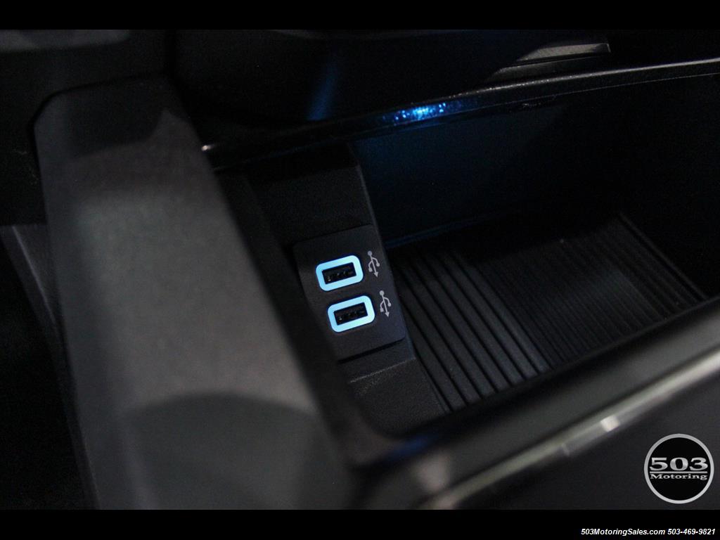 2017 Ford F-150 Raptor; Black/Black, Nav w/ Only 850 Miles! - Photo 37 - Beaverton, OR 97005