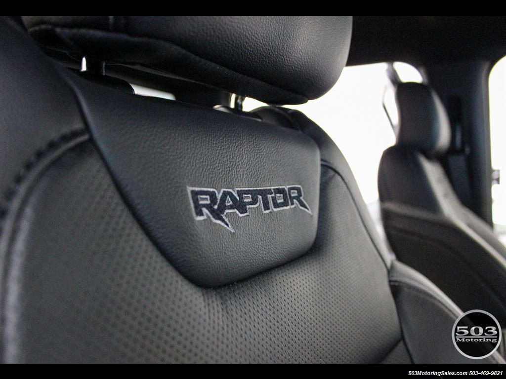 2017 Ford F-150 Raptor; Black/Black, Nav w/ Only 850 Miles! - Photo 43 - Beaverton, OR 97005