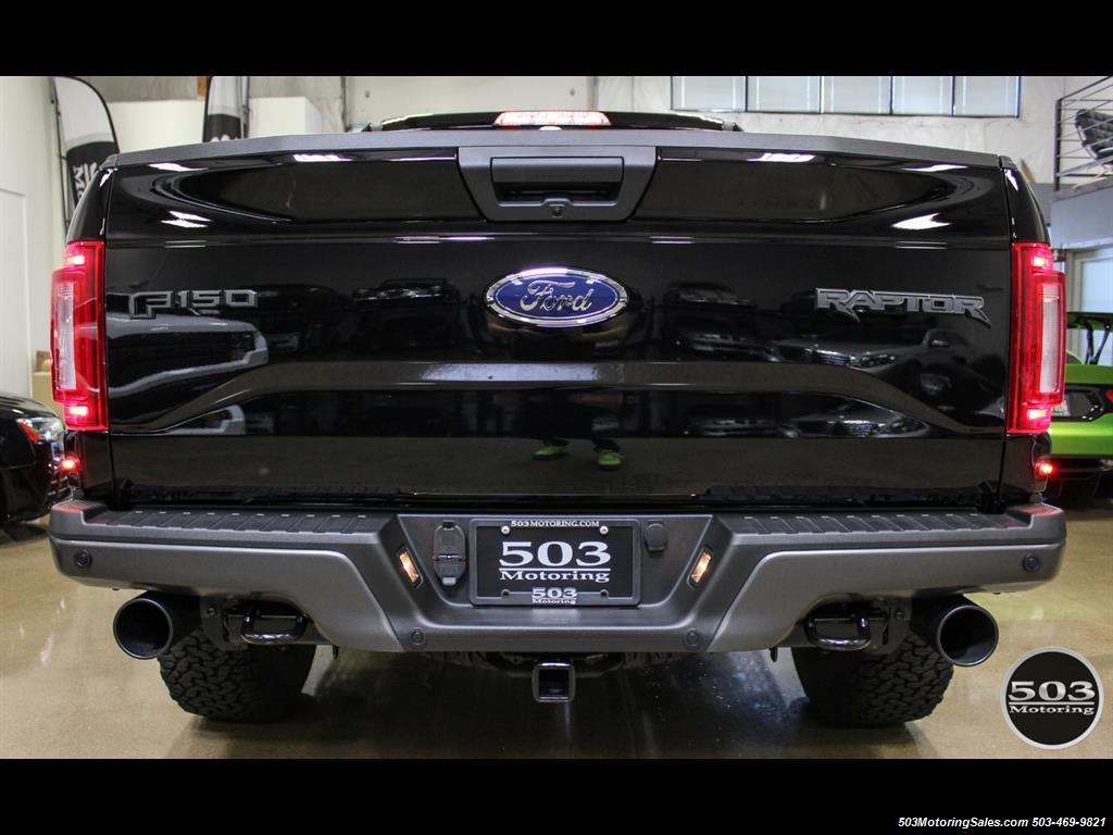 2017 Ford F-150 Raptor; Black/Black, Nav w/ Only 850 Miles! - Photo 4 - Beaverton, OR 97005