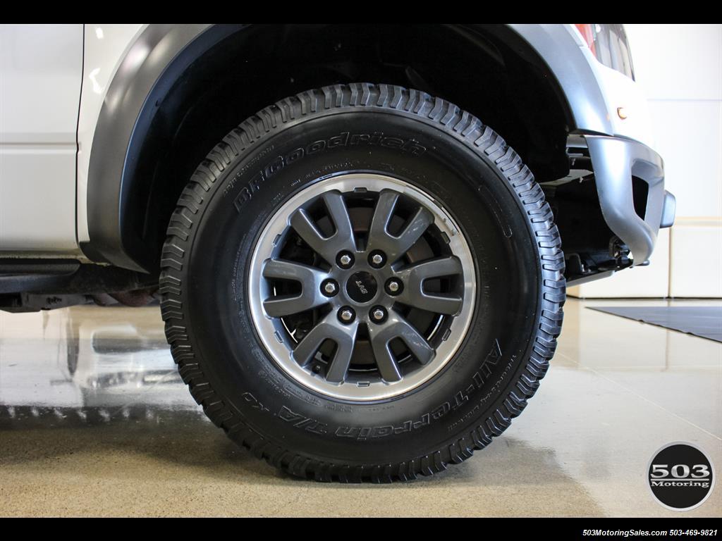 2010 Ford F-150 SVT Raptor; White/Black w/ Only 17k Miles! - Photo 23 - Beaverton, OR 97005