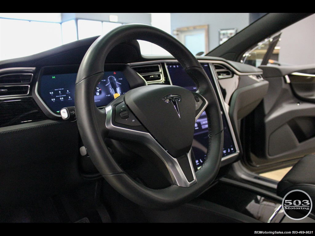 2017 Tesla Model X 75D; One Owner, Black/Black w/ 7k Miles! - Photo 29 - Beaverton, OR 97005