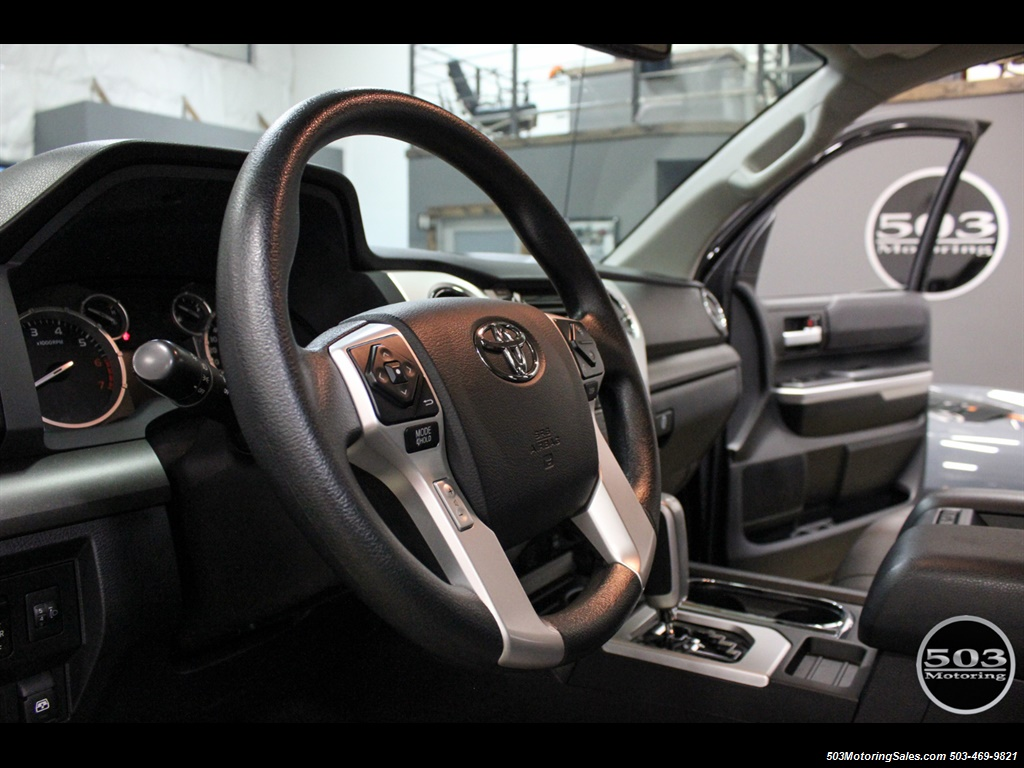 2017 Toyota Tundra SR5 4X4 TRD Offroad w/ Tons of Extras!!! - Photo 29 - Beaverton, OR 97005