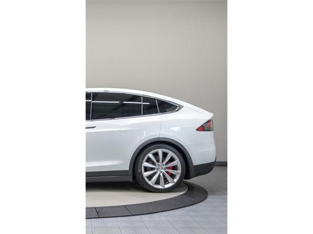 2016 Tesla Model X P90D Signature Edition - Photo 8 - Nashville, TN 37217