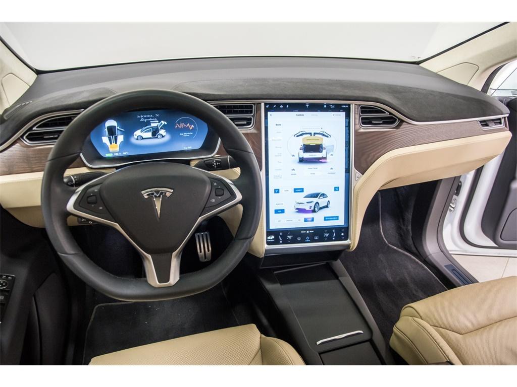 2016 Tesla Model X P90D Signature Edition - Photo 9 - Nashville, TN 37217