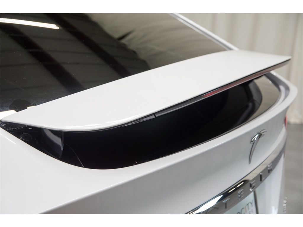 2016 Tesla Model X P90D Signature Edition - Photo 16 - Nashville, TN 37217