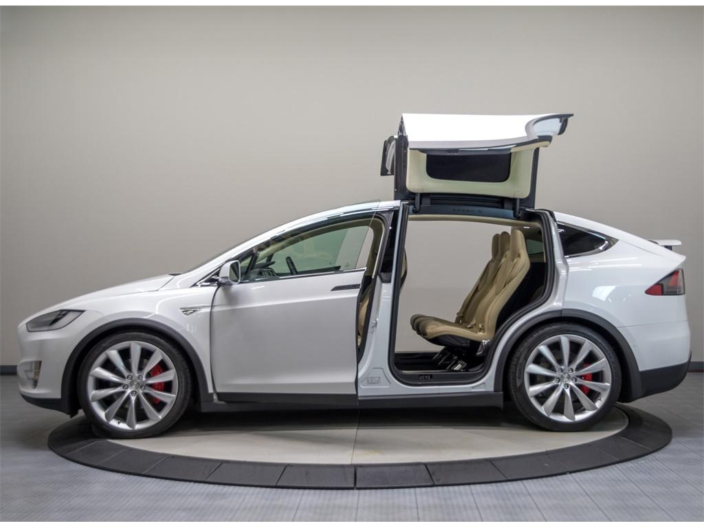2016 Tesla Model X P90D Signature Edition - Photo 20 - Nashville, TN 37217