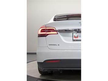 2016 Tesla Model X P90D Signature Edition - Photo 5 - Nashville, TN 37217