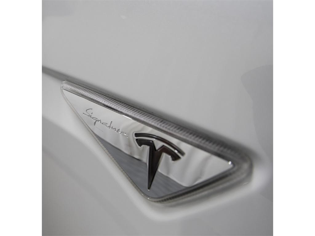 2016 Tesla Model X P90D Signature Edition - Photo 11 - Nashville, TN 37217