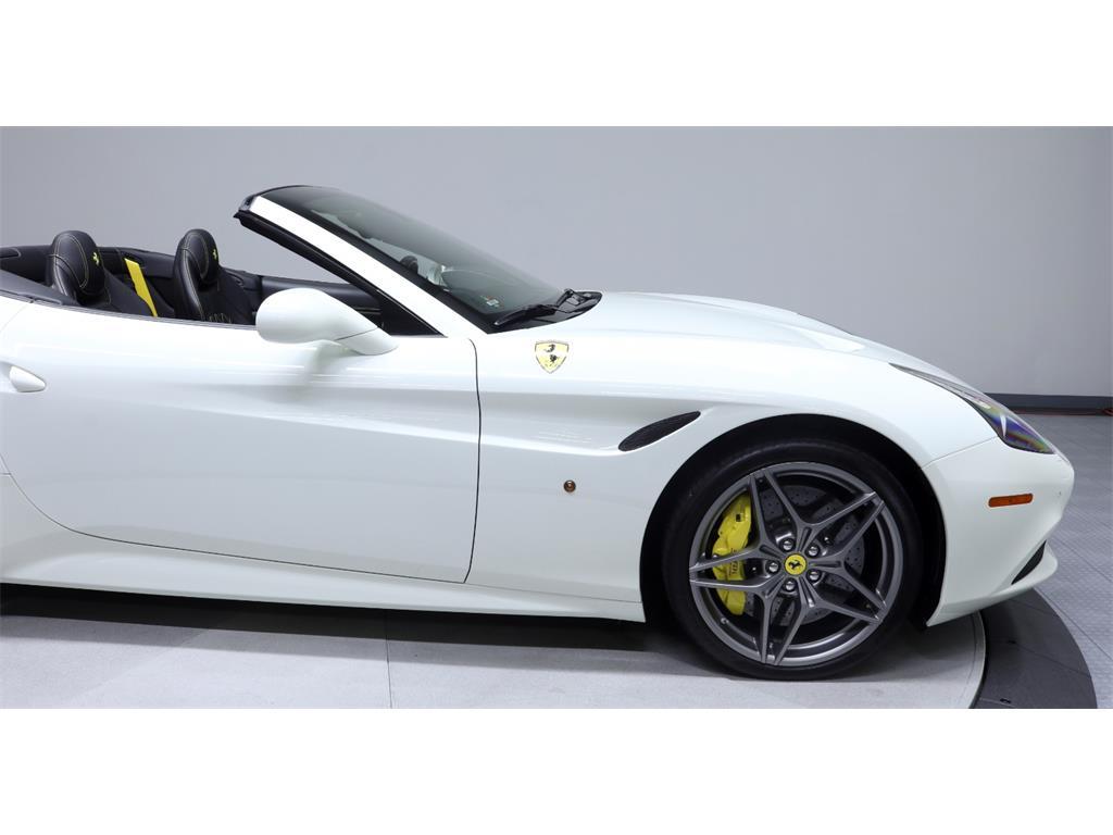 2015 Ferrari California T - Photo 17 - Nashville, TN 37217