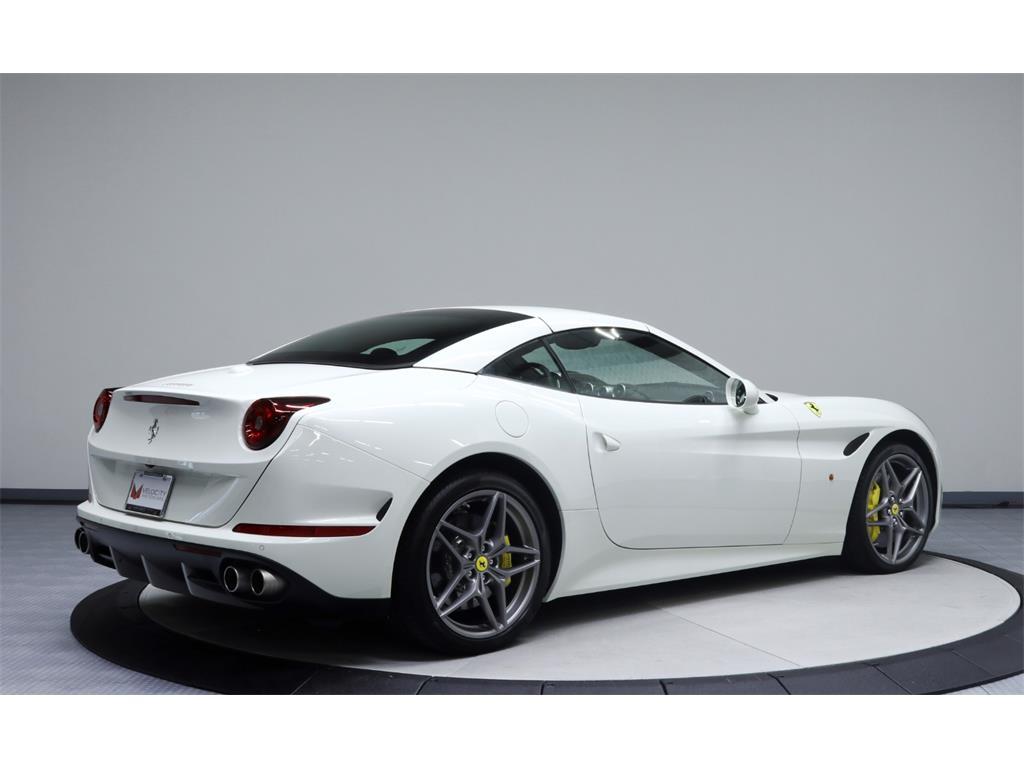 2015 Ferrari California T - Photo 57 - Nashville, TN 37217