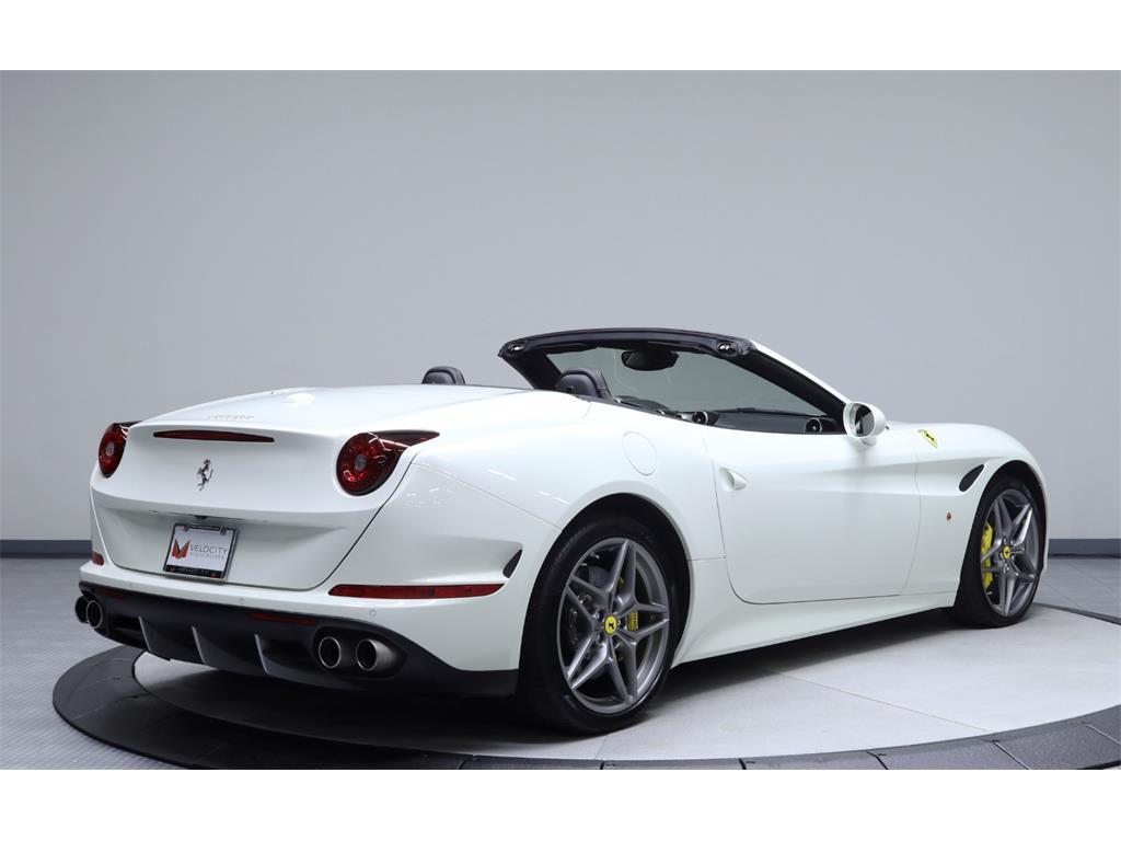 2015 Ferrari California T - Photo 13 - Nashville, TN 37217