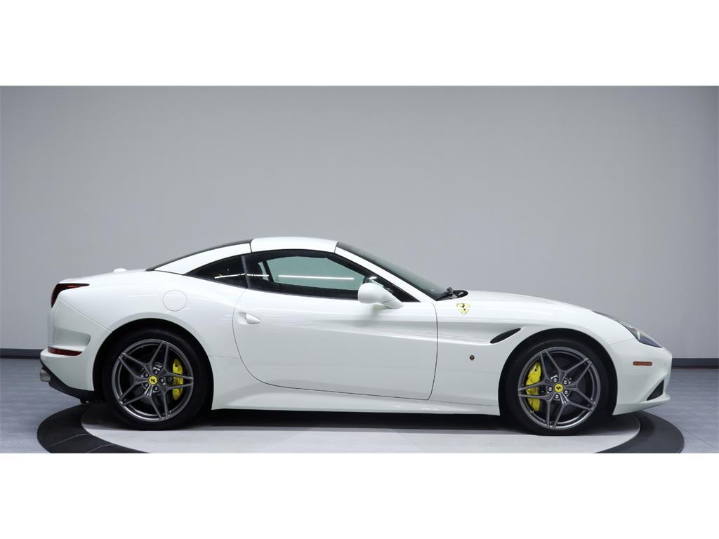2015 Ferrari California T - Photo 58 - Nashville, TN 37217