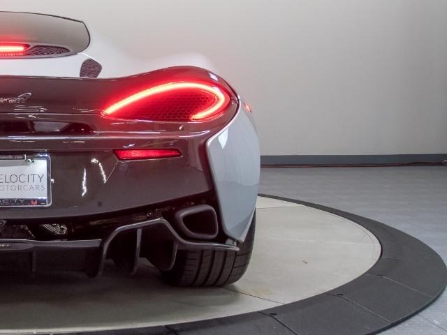 2017 McLaren 570GT - Photo 25 - Nashville, TN 37217