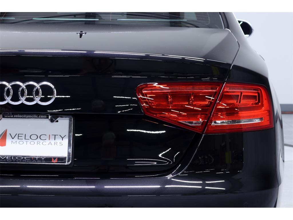 2014 Audi S8 4.0T quattro - Photo 15 - Nashville, TN 37217