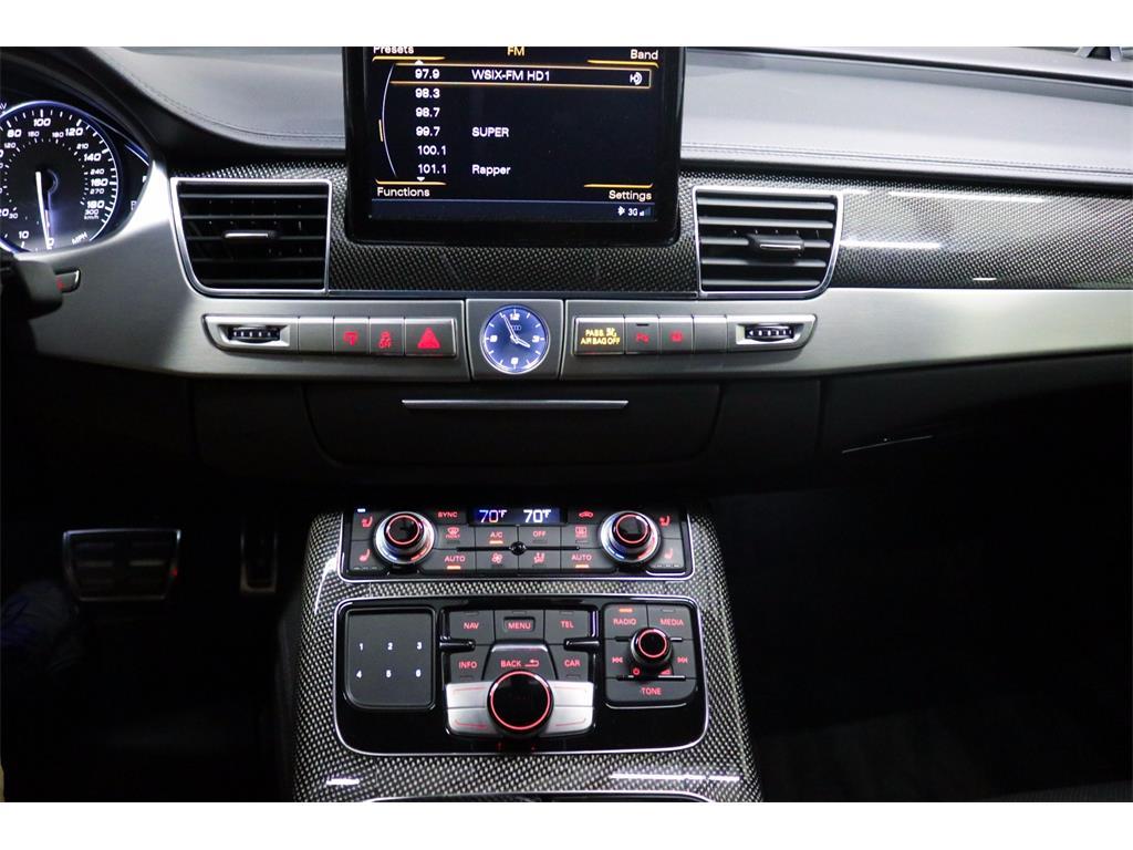 2014 Audi S8 4.0T quattro - Photo 45 - Nashville, TN 37217