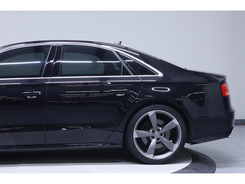 2014 Audi S8 4.0T quattro - Photo 12 - Nashville, TN 37217