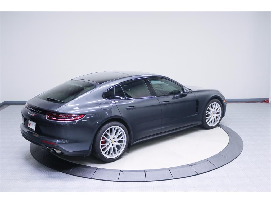 2017 Porsche Panamera 4S - Photo 12 - Nashville, TN 37217