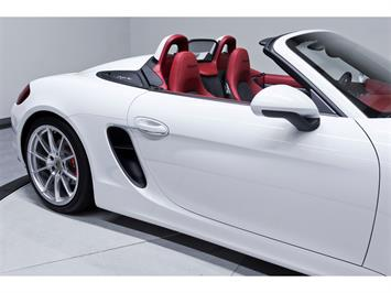 2016 Porsche Boxster Spyder - Photo 18 - Nashville, TN 37217