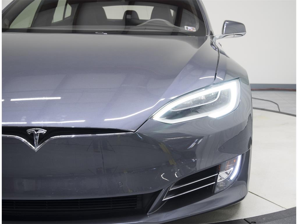 2016 Tesla Model S P90D - Photo 19 - Nashville, TN 37217