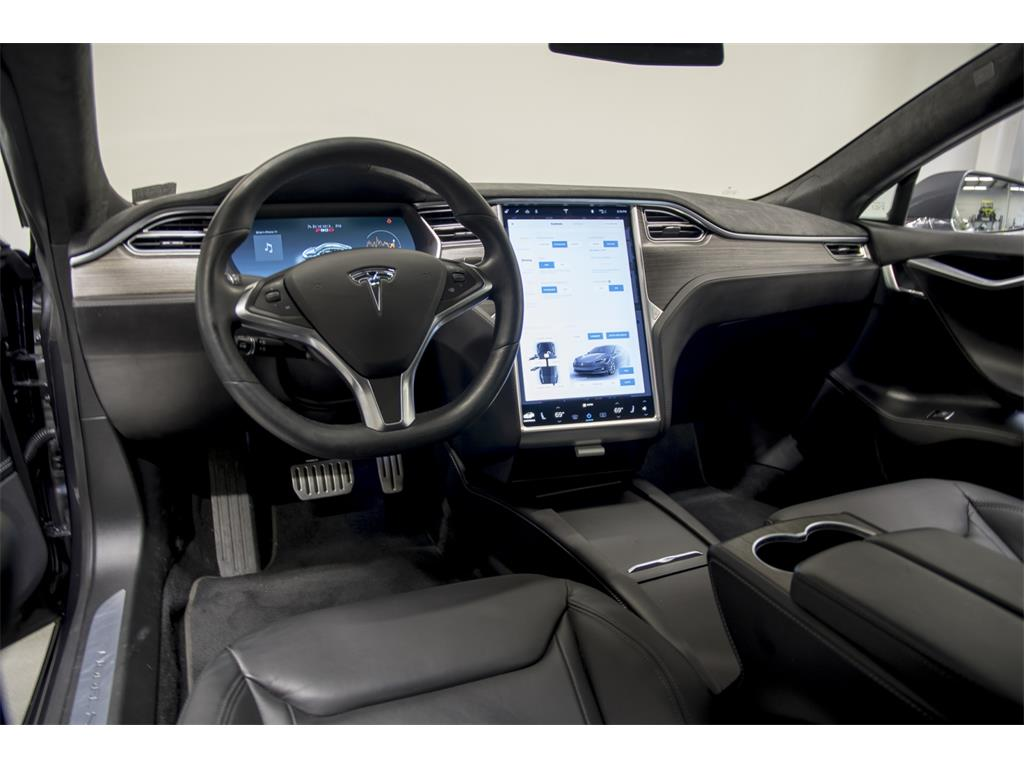 2016 Tesla Model S P90D - Photo 13 - Nashville, TN 37217