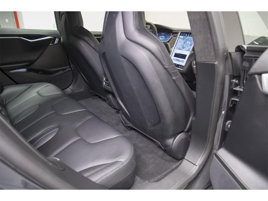 2016 Tesla Model S P90D - Photo 34 - Nashville, TN 37217