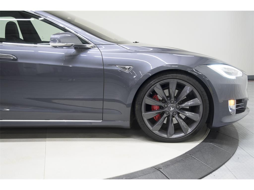 2016 Tesla Model S P90D - Photo 25 - Nashville, TN 37217