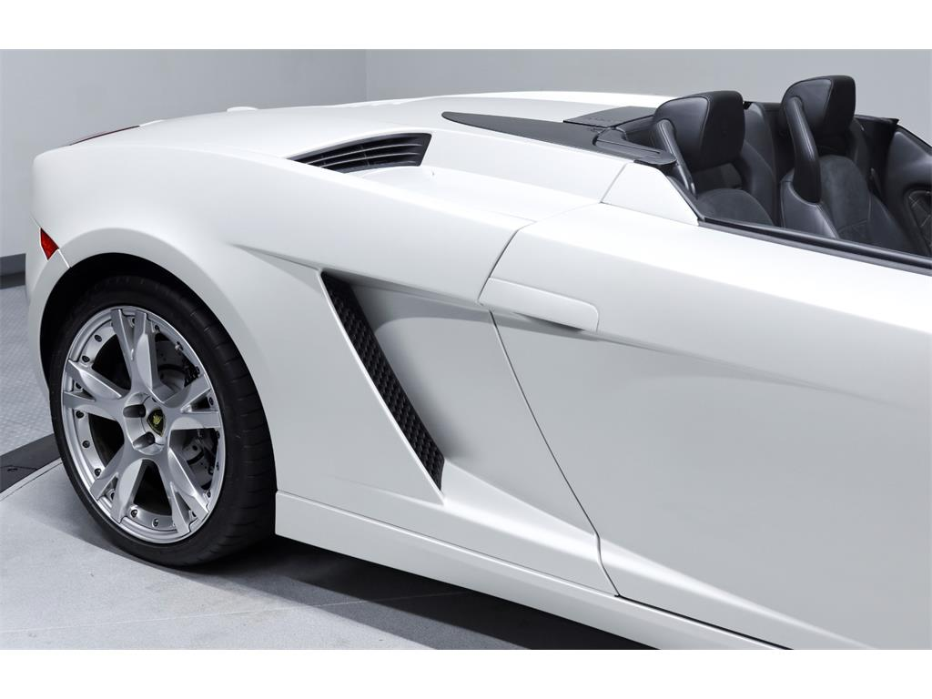 2008 Lamborghini Gallardo Spyder - Photo 49 - Nashville, TN 37217