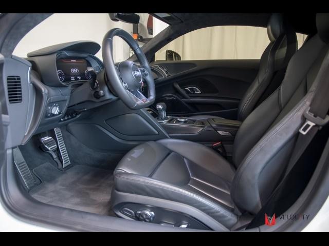 2017 Audi R8 5.2 quattro V10 - Photo 34 - Nashville, TN 37217