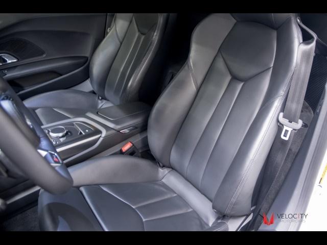 2017 Audi R8 5.2 quattro V10 - Photo 49 - Nashville, TN 37217