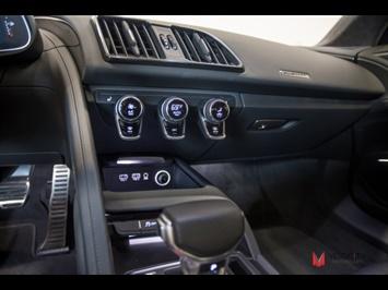 2017 Audi R8 5.2 quattro V10 - Photo 37 - Nashville, TN 37217