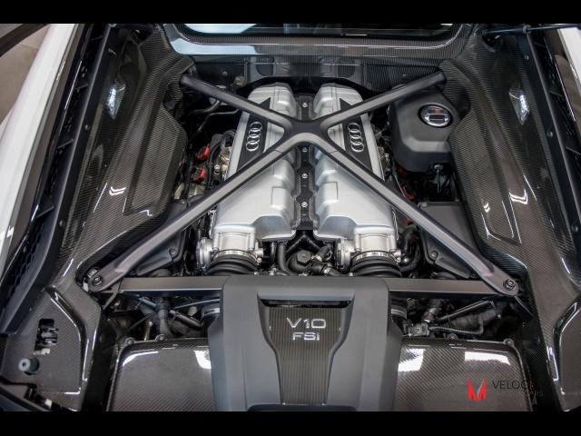 2017 Audi R8 5.2 quattro V10 - Photo 18 - Nashville, TN 37217